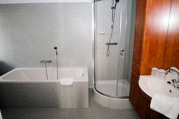 Kamer 10 - Badkamer